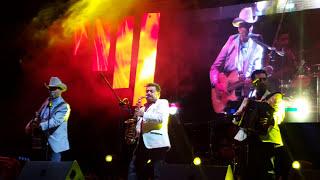 Con la cancion PASO A PASO EL TIGRE SOLITARIO RAÚL HERNÁNDEZ SE DESPEDÍA
