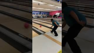 Giovanni al bowling