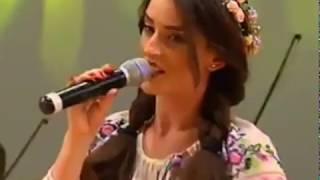 GEORGIANA NECSA  -  BADE OCHI CA MURA