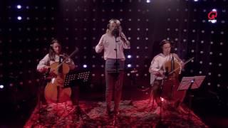 @RikBoey: Pommelien Thijs - Issues (Cover) (Live bij Q)