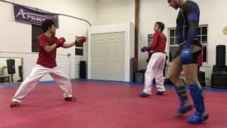 Karate kumite training - Gyaku zuki mawashi geri combo