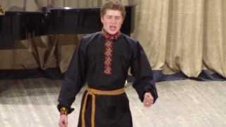 Поёт Иван Гончаров, 2 курс отд. сольного и хорового народного пения