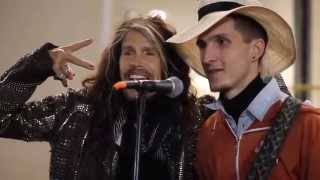 Steve Taylor (Aerosmith) with street musician in Moscow HD (05.09.2015)