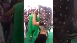 Desi girl party Lucknow dance in his brothers marriage