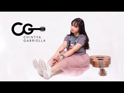 Download Lagu Chintya Gabriella - PERCAYA AKU (Official Music Video + Lyric)