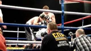 John O'Donnell v. Laszlo Robert Balogh - Irish Boxer  Round 3 Boxing-Ireland.com