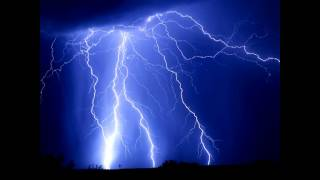 Si Fi Thunder and lightning sound effects