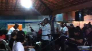 Vazio (está Faltando Uma Coisa Em Mim)   - Grupo Bossa do Samba e Nelson Rufino