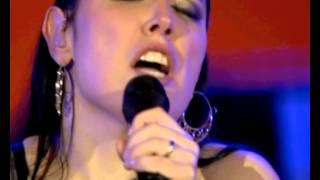 """""""Parva que Sou"""" - Deolinda no Coliseu dos Recreios 2011"""