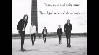 Blossoms  Honey Sweet Lyrics