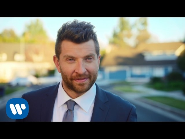 Videoclip de Brett Eldredge - Somethin' I'm Good At