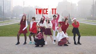 """BORN EATER - TWICE """"TT"""" Dance Cover Christmas Version"""