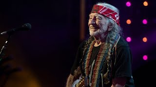 Willie Nelson & Family - On the Road Again (Live at Farm Aid 2018)