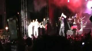 2010 Usher Brings Out Mavado @ Sumfest!!