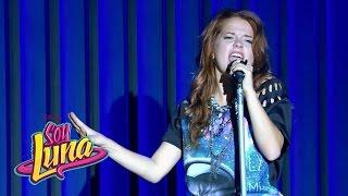 Jim y Yam cantan A rodar mi vida - Momento Musical (con letra) - Soy Luna