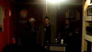 Tragos de Amargo Liquor - Los Gallos de La Sierra con Roberto Sanchez