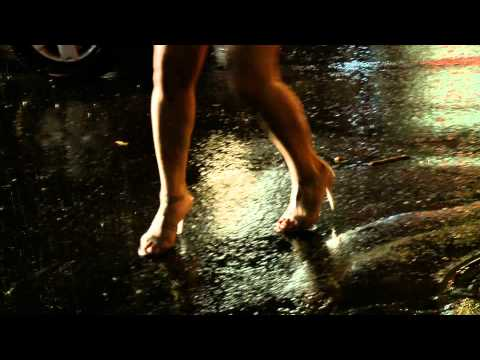absynthe-minded-space-clip-officiel-universalmusicfrance