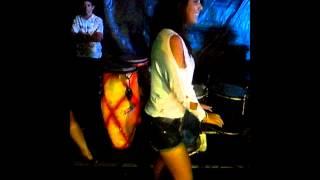 Fernanda Oliveira dançando
