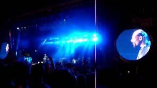 Snoop Dogg - East Side VS West Side (Live @ Couleur Café 2010).MOV