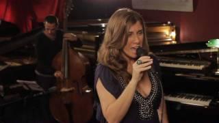 Marta Hugon - Simple Sample (live)