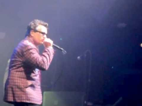 the-mighty-mighty-bosstones-the-daylights-house-of-blues-in-boston-ma-12-28-11-atheistpeace69