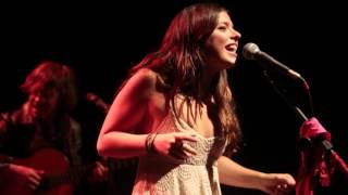 Clandestino - Julia Mestre  (Mano Chao cover)