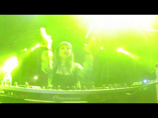 Vídeo de una actuación de Qwert en MBC Fest.