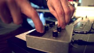 "ManuDigital "" Inna Mi Room part1 "" feat Sizzla"