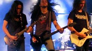 "DRAGONFORCE ""Through The Fire And Flames"" Solo close up!! - Live in Barcelona - 03/02/2009"