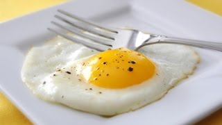 Sunny side up egg In microwave tutorial