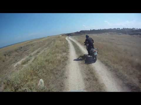 Honda Africa Twin & BMW R1100GS 1