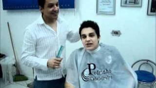 Pedrinho cabeleireiro e Luan santana (To de cara com voce)
