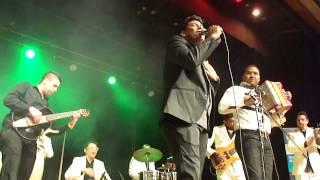 Los Diablitos [03/10] - Busca un Confidente - En Vivo Toronto 2013