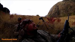 Bear Charges Hunters in Hell's Canyon Idaho!!