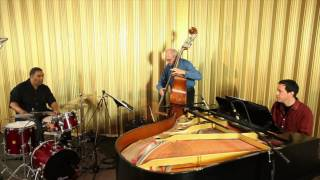 Lenny Marcus Trio performs Moonlight Sonata