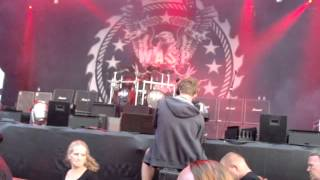 WASP live Alcatraz Metal Festival 2014 - intro & On your knees live