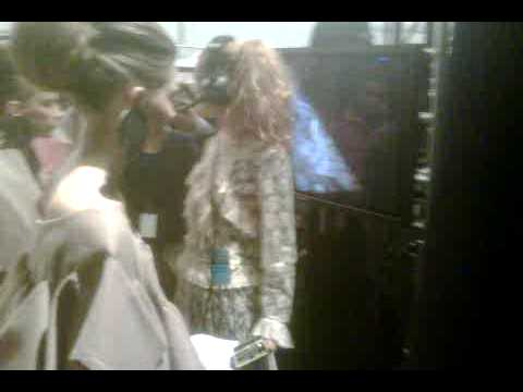 New York Fashion Week Backstage.3GP