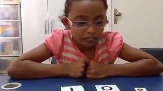 Método das Boquinhas - criança de 8 anos usando a PISTA ARTICULATÓIA