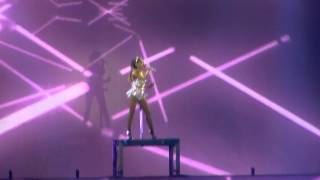 Love me harder - Ariana Grande / Barcelona / HoneymoonTour HD