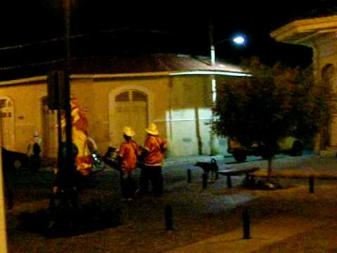 granada – random drum & costume troup calle la calzada