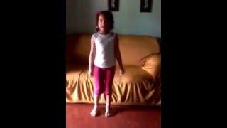 """Cópia de """"Sofia dançando BANG"""""""