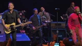 Bruce Springsteen & The E Street Band with Jimmy Cliff - The Harder They Come (Pro-Shot)
