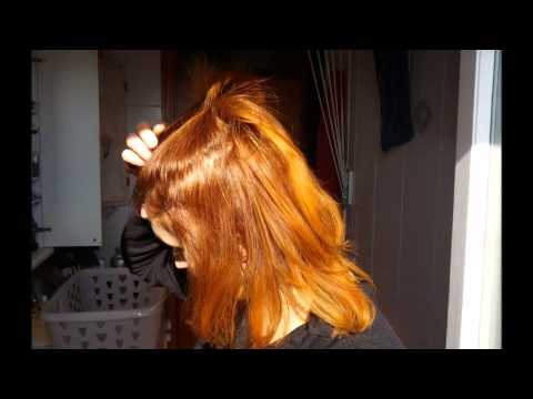 Come curare i capelli rossi tinti  da0a95ffd410