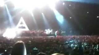 30 Seconds to Mars live Köln 29.11.2011 Kings and Queens & the ending... :(