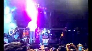 Solo Por Un Beso (Live in Guayaquil) - Aventura