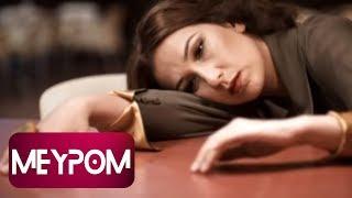 Yonca Lodi - Düştüysek Kalkarız (Official Video)
