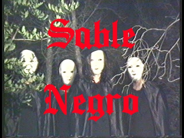 """Videoclip oficial de la canción """"Sable Negro"""" de Medalla."""