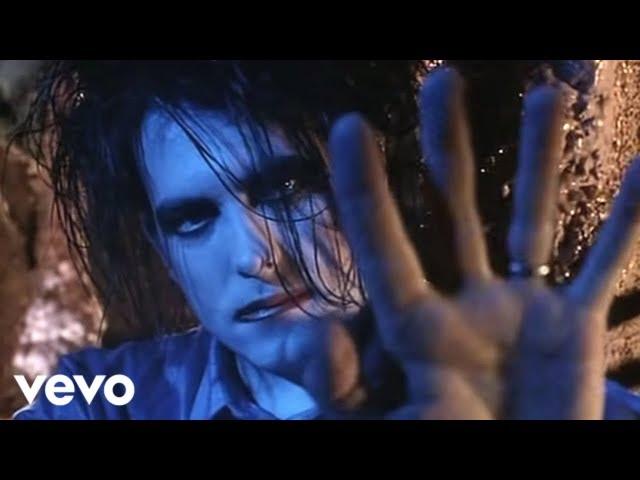 Videoclip oficial de 'Lovesong', de The Cure.