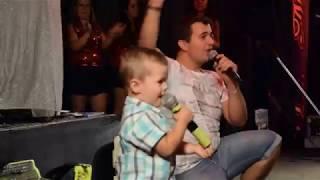 Lucas a cantar musica do TOY (coração não tem idade)