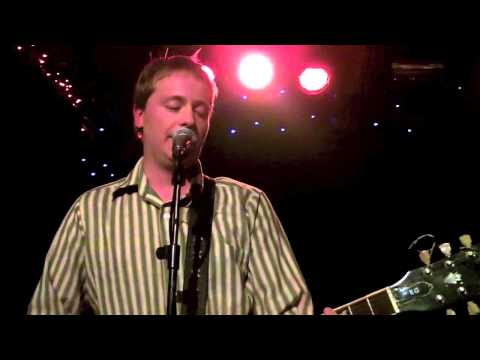 the-wave-pictures-live-in-europe-at-dingwalls-london-5-december-2012-theboudicca3